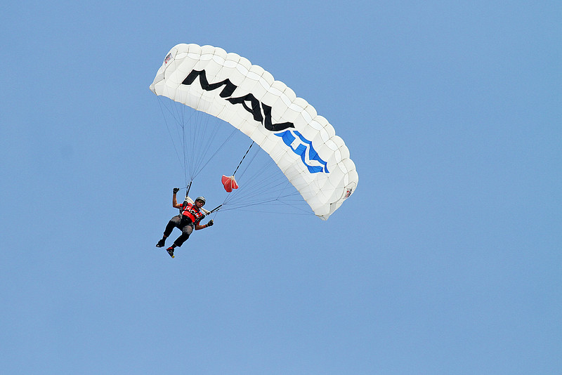 Lucas Oil Skydivers at the 2014 Quad City Air Show