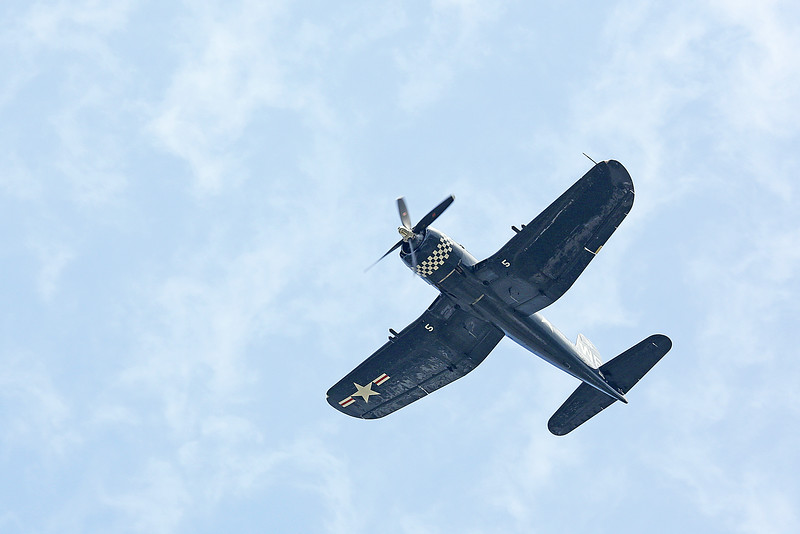 Doug Folk in the Chance-Vought F4U-4 Corsair at the 2014 Quad City Air Show