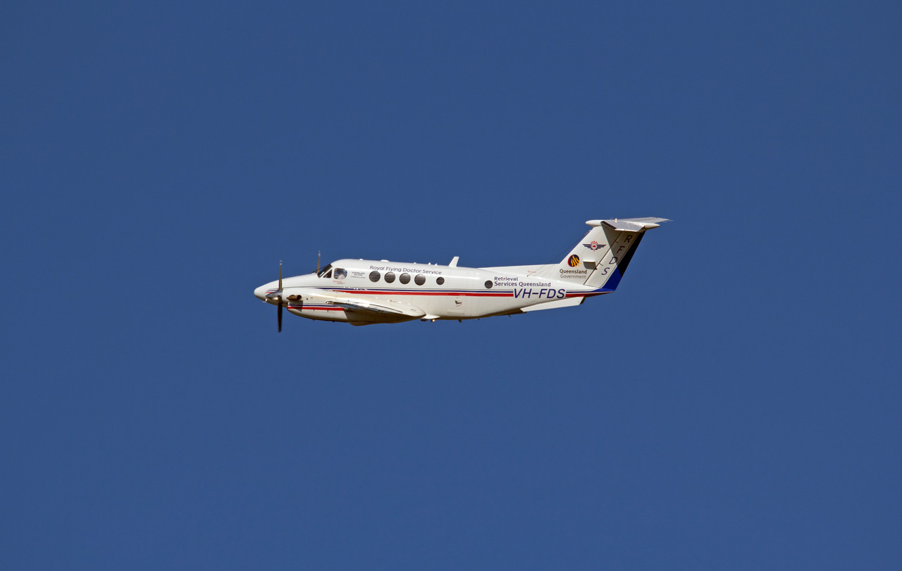 VH-FDS RFDS KING AIR