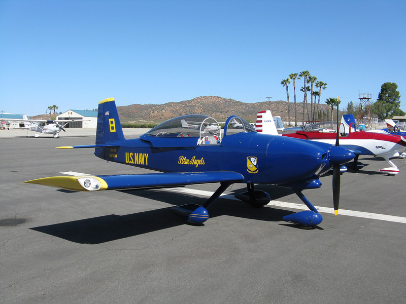 Another RV-8A with the Blue Angel's paint job.