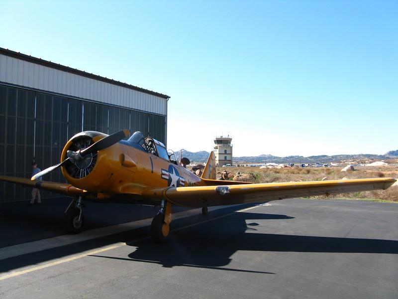 Pete Hunt's T-6.