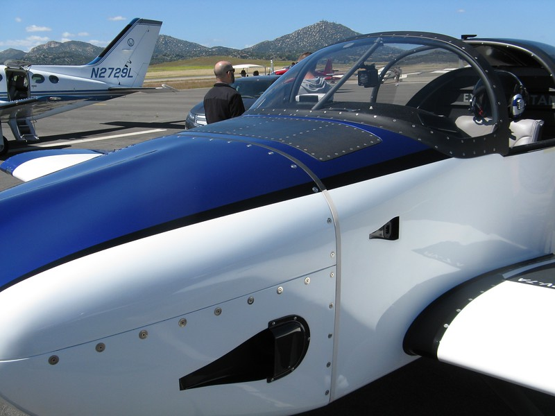 RV-7A with lots of carbon fiber work.
