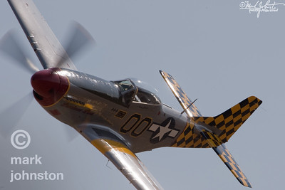 "Fred Cabanas and North American P-51D Mustang, ""Luscious Lisa"", Unlimited Class Race 00, during a qualifying attempt at the 2007 National Championship Air Races in Reno, Nevada, USA."