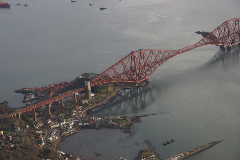 North Queensferry from G-OOJP at 2000'