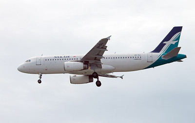9V-SLL SILKAIR A320