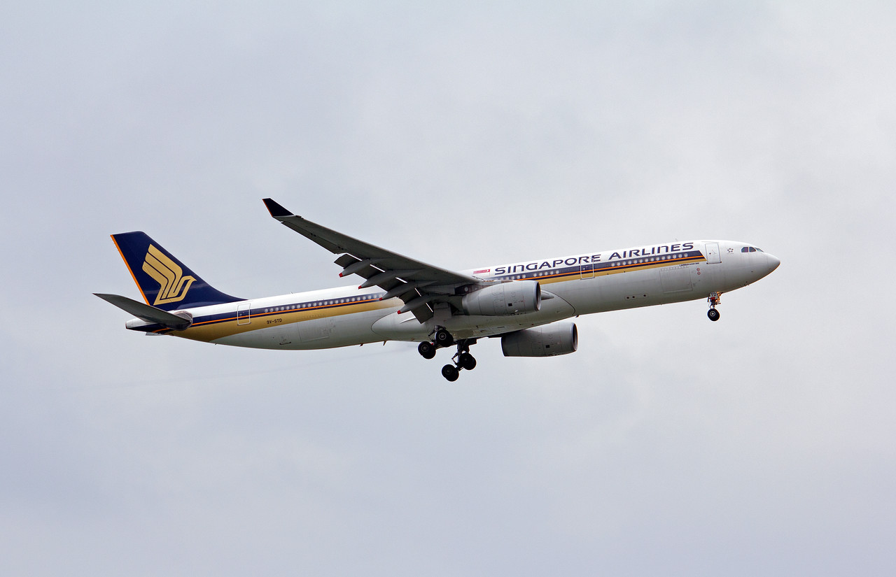 9V-STD SINGAPORE AIRLINES A330-300