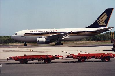 9V-STD SINGAPORE AIRLINES A-310-300