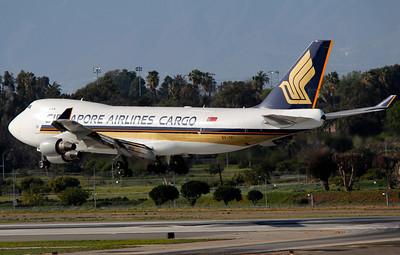 9V-SFI SINGAPORE CARGO B747-400