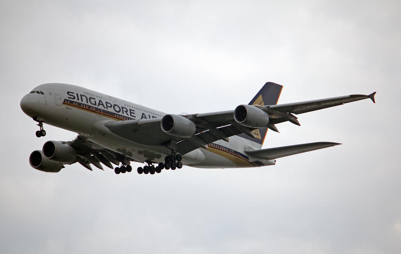 9V-SKC SINGAPORE AIRLINES A380