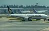9V-SVF SINGAPORE AIRLINES B777-200