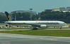 9V-SRP SINGAPORE AIRLINES B777-200