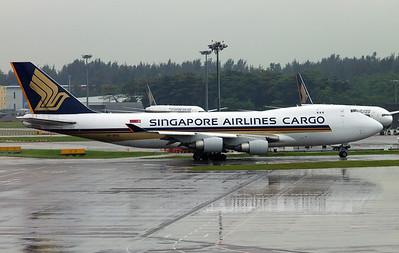9V-SFG SINGAPORE AIRLINES B747-400F