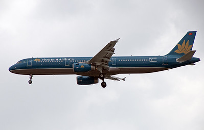 VN-A395 VIETNAM AIRLINES A321