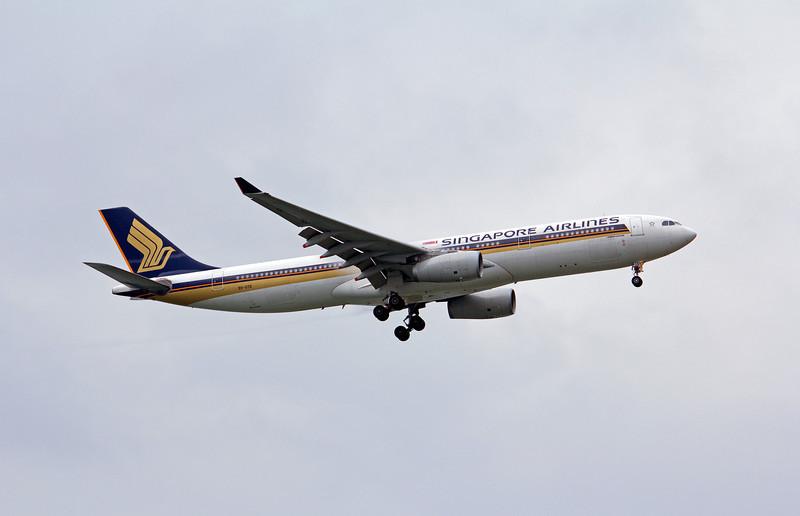 9V-STD SINGAPORE AIRLINES A330-300