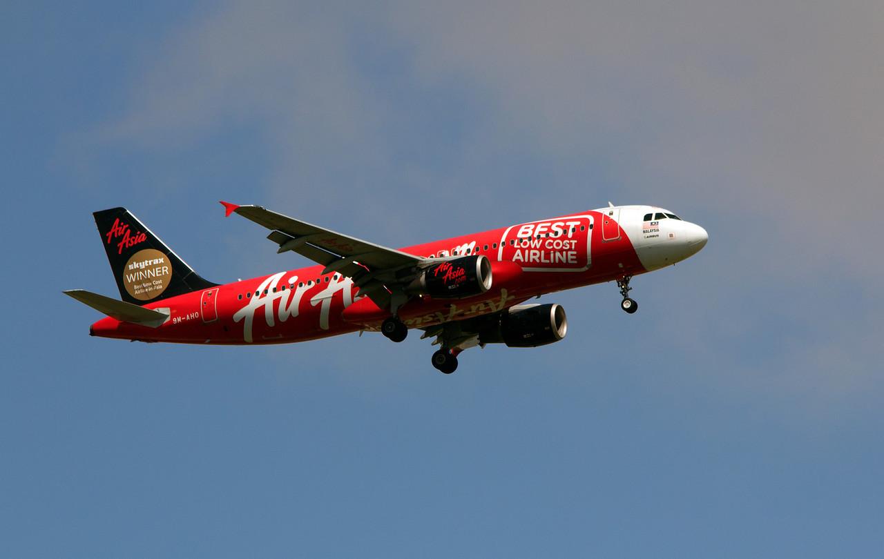 9M-AHO AIR ASIA A320