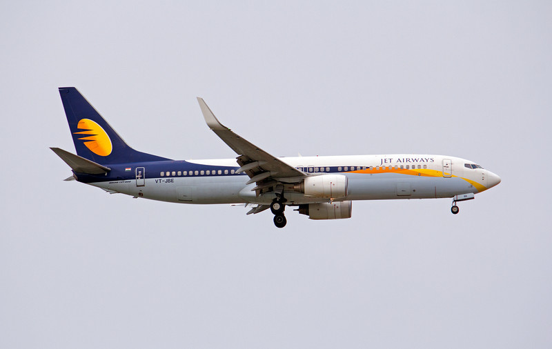 VT-JBE JET AIRWAYS B737-800