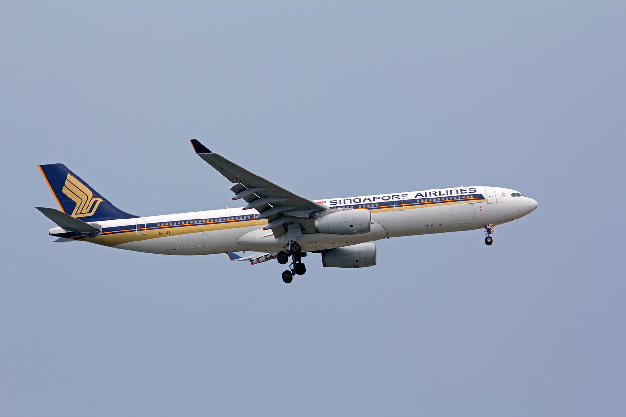 9V-STB SINGAPORE AIRLINES A330-300