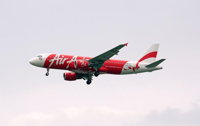 9M-AQE AIR ASIA A320