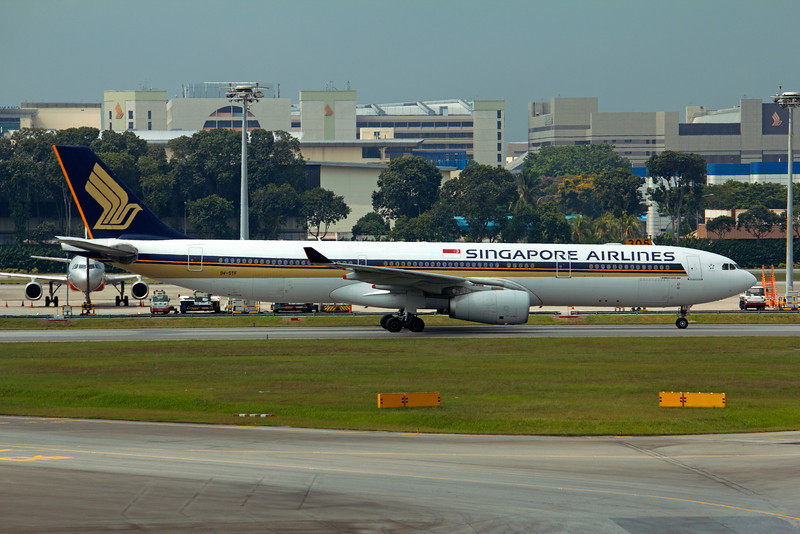 9V-STF SINGAPORE AIRLINES A330-300