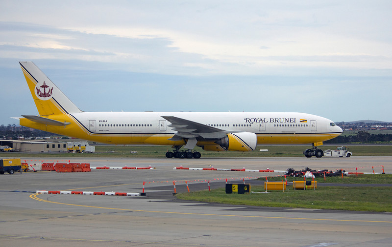 V8-BLA ROYAL BRUNEI B777200