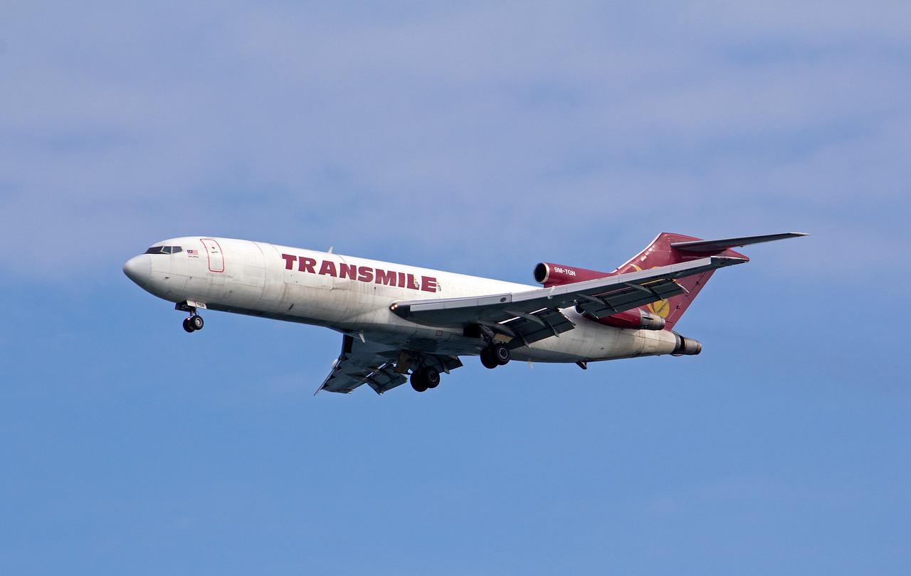 9M-TGN TRANSMILE B727-200