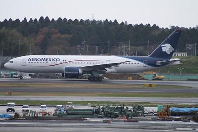 N774AM AERO MEXICO 777-200ER
