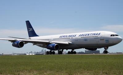 LV-ZPX AEROLINEAS ARGENTINAS A340-200