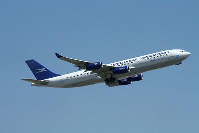 LV-ZPO AEROLINEAS ARGENTINAS A340-200
