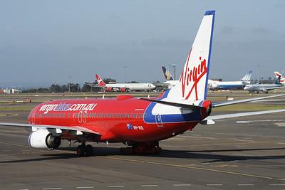 VH-VUL VIRGIN BLUE 737-800