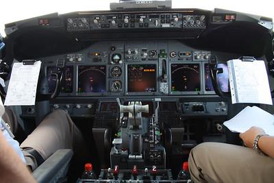 VH-VBN COCKPIT SHOT OF VIRGIN BLUE 737