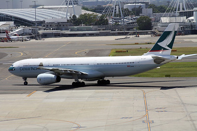 B-LAF CATHAY PACIFIC A330-200