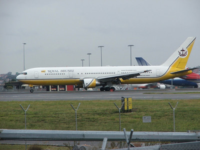V8-RBH ROYAL BRUNEI B767-300