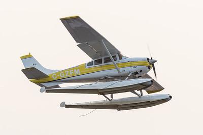 Sealane 182 floatplane takes off in Moosonee