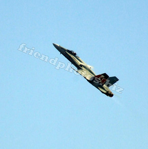 F-18 Hornet (look closely at this photo, its pretty cool)