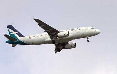 9V-SLJ SILK AIR A320