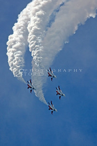 The Black Knights from the Singapore Armed Forces performing at the Singapore Airshow