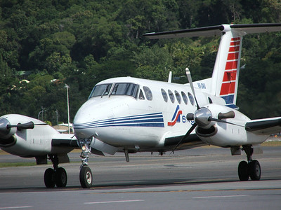 VH-SKU SKYTRANS BEECH KINGAIR