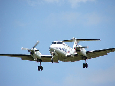 VH-SKU SKYTRANS BEECH KING AIR