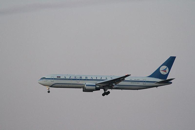 Azerbaijan 767 4K-AZ81 Heathrow 19th Jan 2014