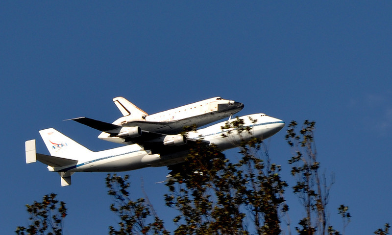 Space Shuttle Endeavor making it's final flight down to LA to be housed in a museum. Flying through Sacramento on the way.