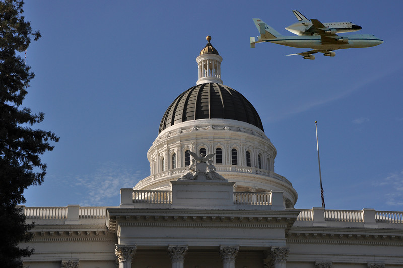 This one's a composite, since the pilot didn't fly over the Capitol at the proper angle.