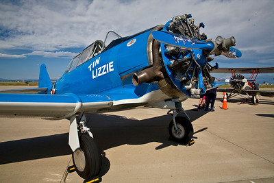 "North American Aviation T-6 / SNJ-6 Texan - ""Tin Lizzie"""