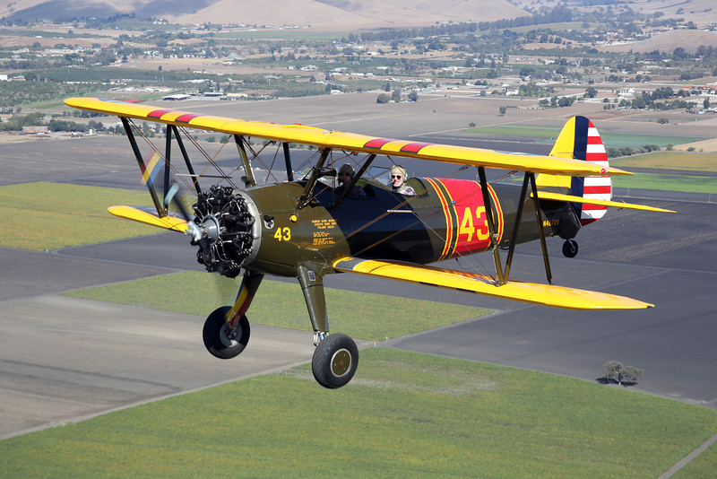 Stearman N42672V in flight near Hollister, California.