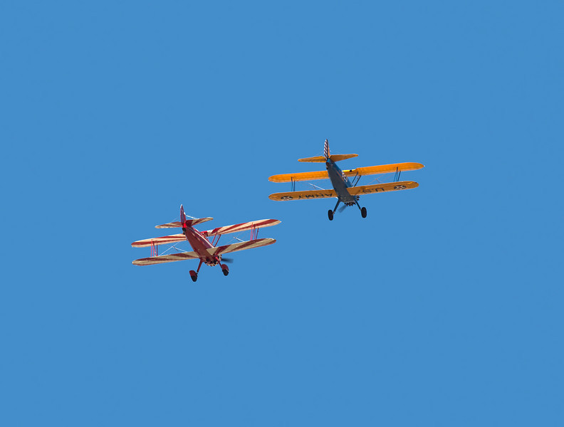 Stearman's overhead at Hollister (KCVH)