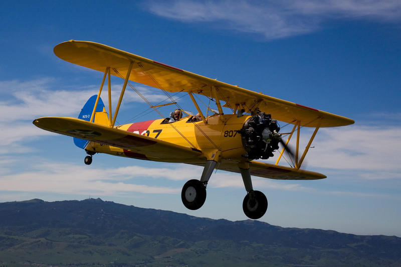 Steraman N5728N in flight over Hollister California.