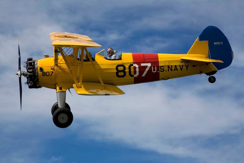 Steraman N5728N in flight over Hollister California.