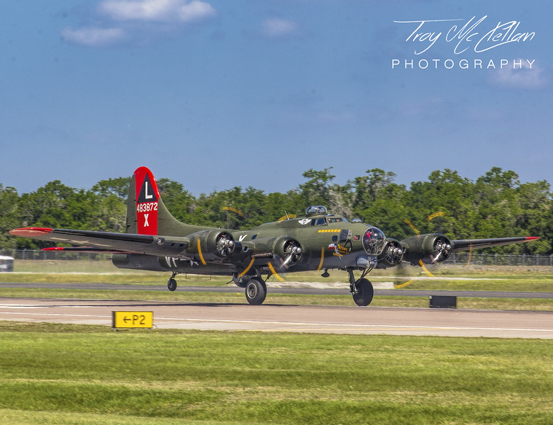 "B-17 ""Texas Raiders"" on Takeoff Roll at Sun 'n Fun 2018, Lakeland, Florida"