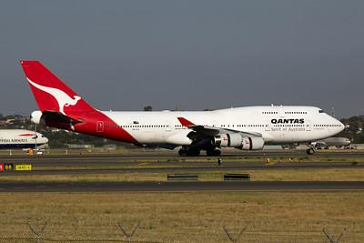 VH-OJI Qantas Boeing 747-400