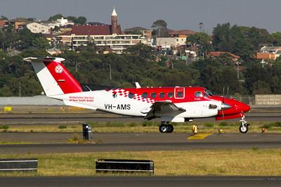 VH-AMS NSW Ambulance Service Beechcraft 200C