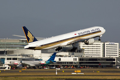 9V-SYG Singapore Airlines Boeing 777-300